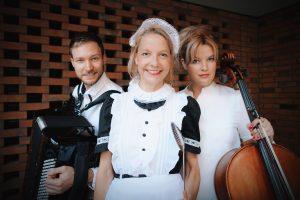 Read more about the article Bekenntnisse der Frau Schnaps – Beethovens Haushälterin – mit Chris Pichler! Sa. 4. und Sa. 18. September 2021, 18.00 Uhr!